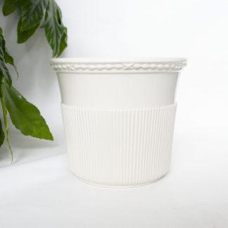 Vintage bloempot crème ribbel